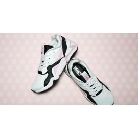 PUMA Nova '90s Bloc Women's Sneaker