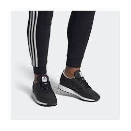 ADIDAS FOREST GROVE EE8966